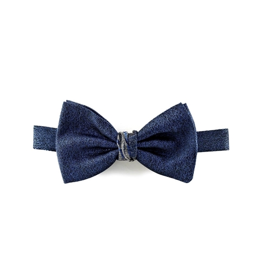 Picture of Light Blue Salt and Pepper Silk Bow Tie
